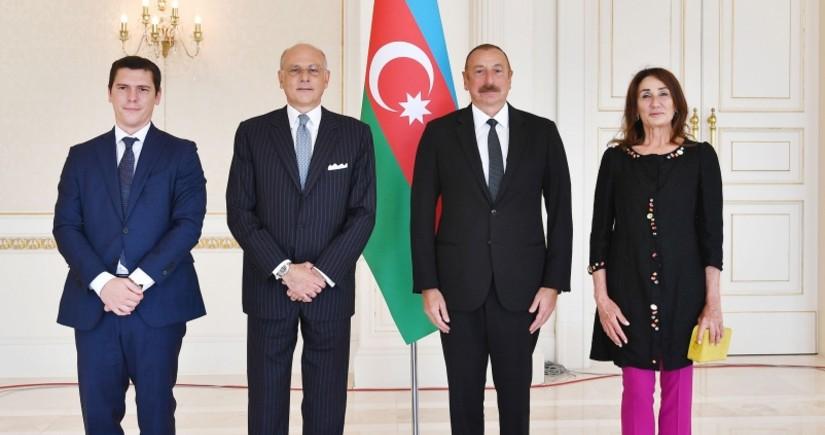Президент: Поставка азербайджанской нефти делает Италию крупнейшим торговым партнером