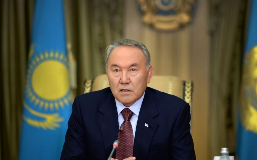 Qazaxıstan prezidenti: Latın əlifbasına keçidi gecikdirmək üçün heç bir səbəb yoxdur