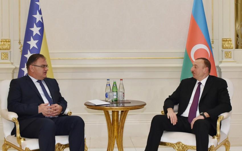 Президент Азербайджана направил поздравительное письмо председателю Президиума Боснии и Герцеговины