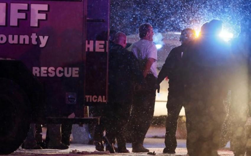 ABŞ-da silahlı şəxs tibb müəssisəsinə girərək atəş açıb, 11 nəfər yaralanıb