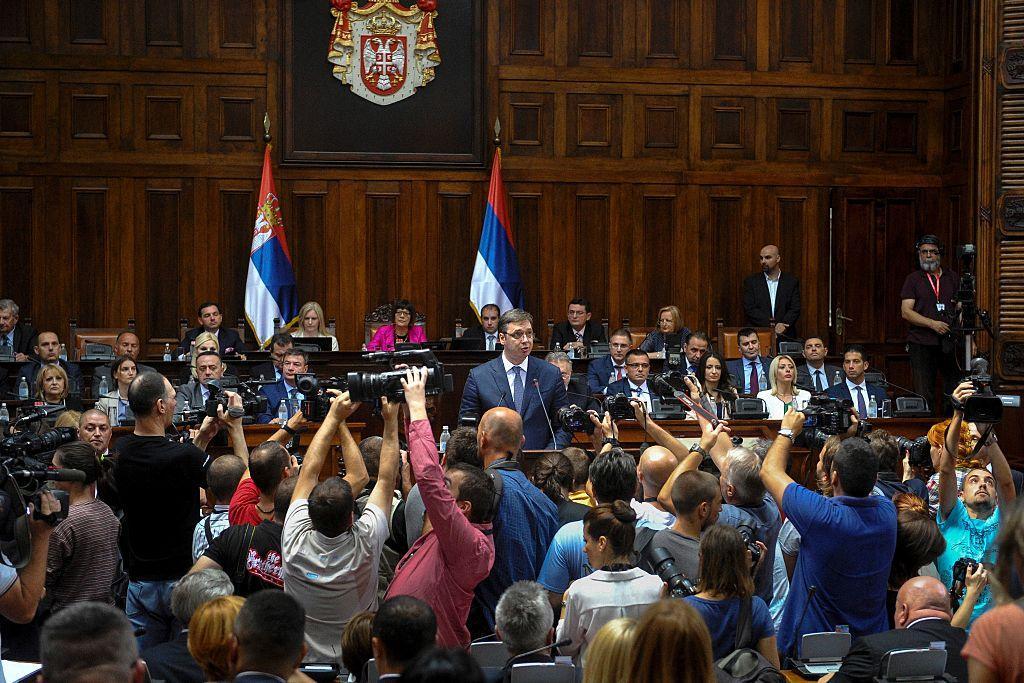 Новое правительство Сербии будет сформировано до конца августа