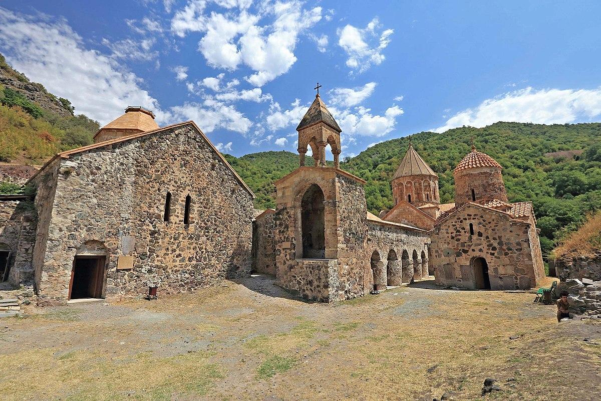 Xudavəng monastrı (məbəd kompleksi)