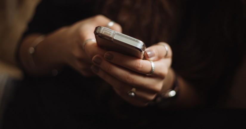 Sərt karantin dövründə 17 milyon SMS-ə mənfi cavab verilib