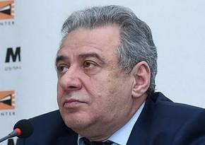Ermənistanın müdafiə naziri Rusiyaya gedib