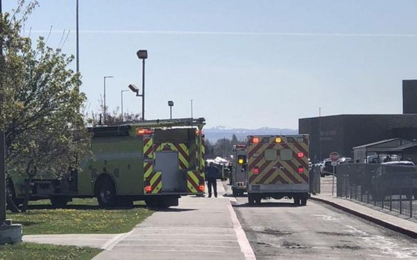 Школьница-стрелок, ранившая трех человек в США, обезоружена учителем