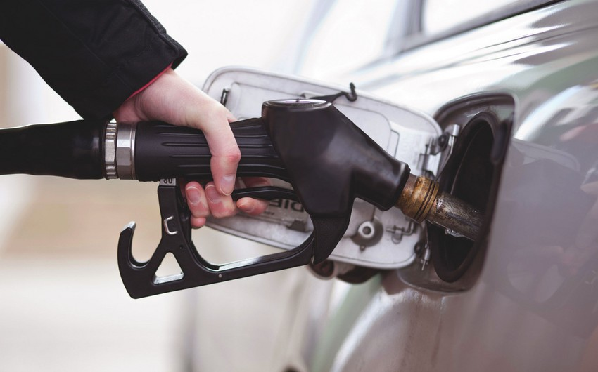 SOCAR сократила производство автомобильного бензина