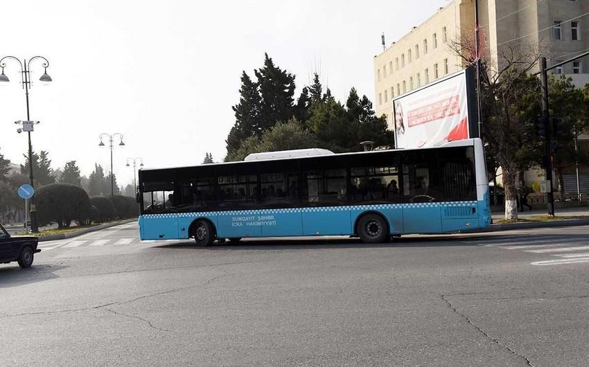 Sumqayıtda 7 saylı marşrut avtobusu qəza törədib, yaralılar var