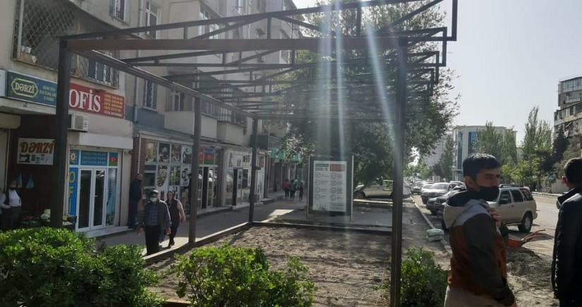 Xətai rayonunda səkinin zəbt edilməsinin qarşısı alındı
