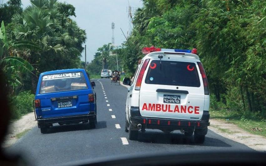 В Бангладеш в ходе пожара на нелегальной фабрике погибли 10 человек