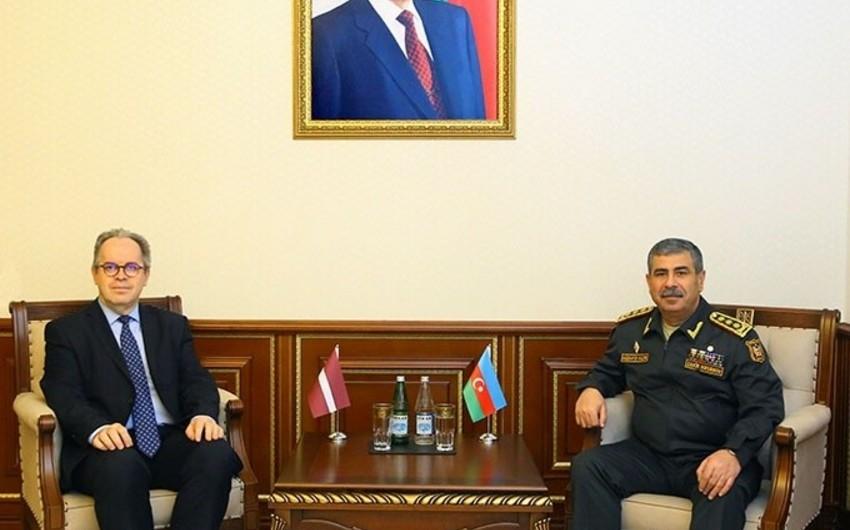 Azerbaijan Defense Minister meets with Latvia's new ambassador