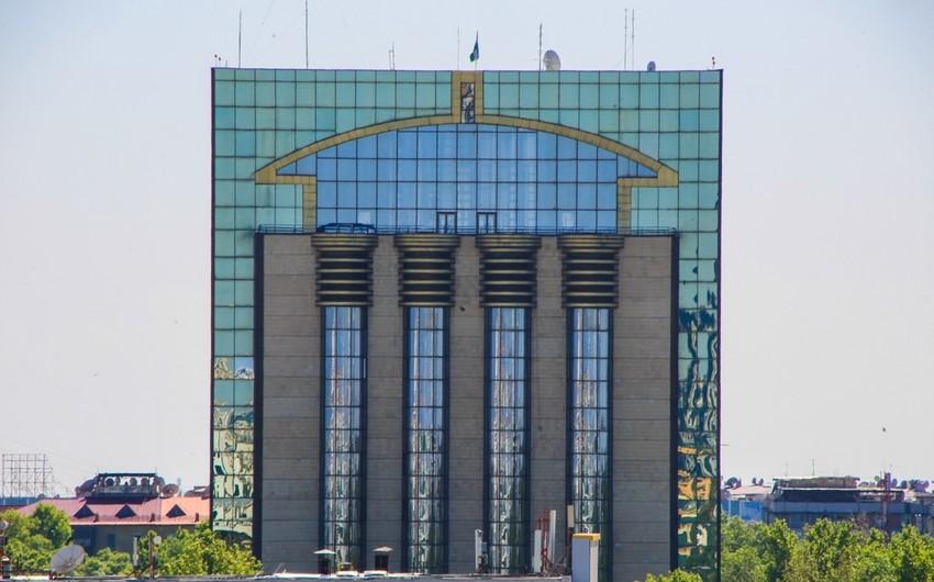 Özbəkistan Mərkəzi Bankı uçot dərəcəsini azaldıb