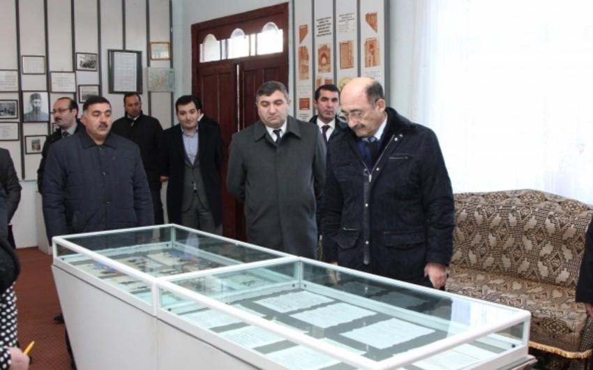Əbülfəs Qarayev Sabirabadda mədəniyyət müəssisələrinin fəaliyyəti ilə tanış olub