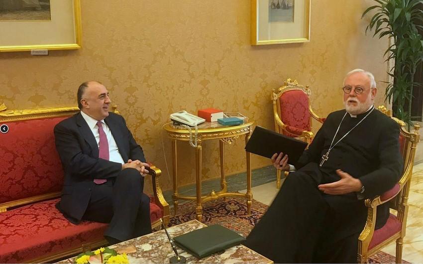 Elmar Məmmədyarov Vatikanın xarici dövlətlərlə əlaqələr üzrə katibi ilə görüşüb