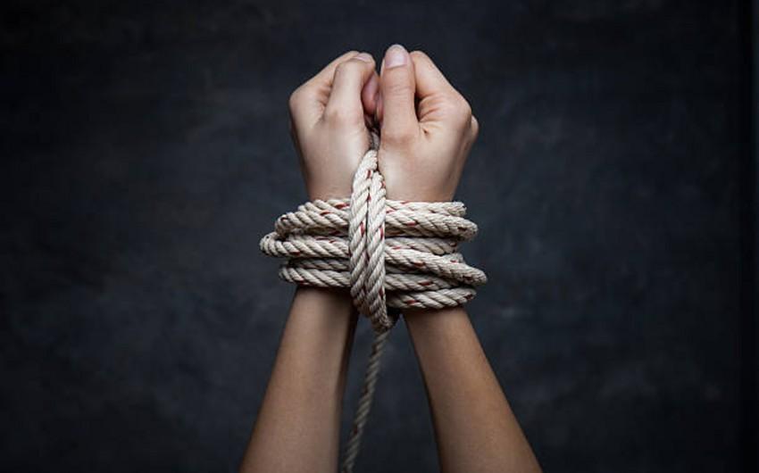 15 yaşlı azərbaycanlı qızı qaçıranlar saxlanıldı