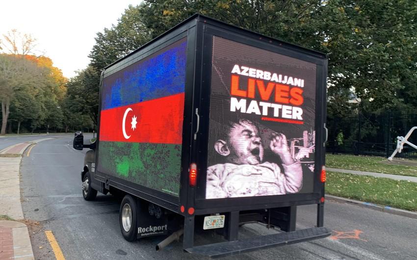 ABŞ-da xüsusi avtomobillər sakinləri erməni işğalı barədə məlumatlandırır