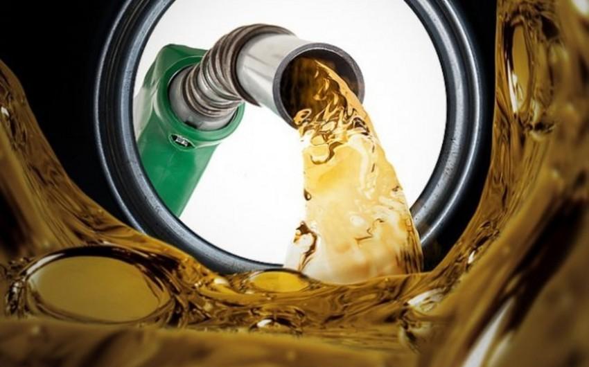Потребление дизтоплива и бензина в Азербайджане увеличилось на 9%