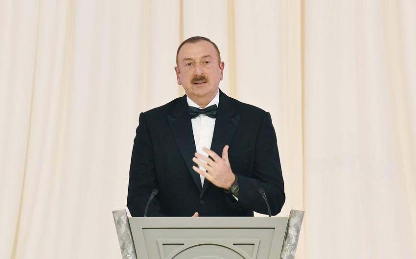 Prezident İlham Əliyev: Azərbaycan Avrasiyanın nəqliyyat mərkəzlərindən birinə çevrilib