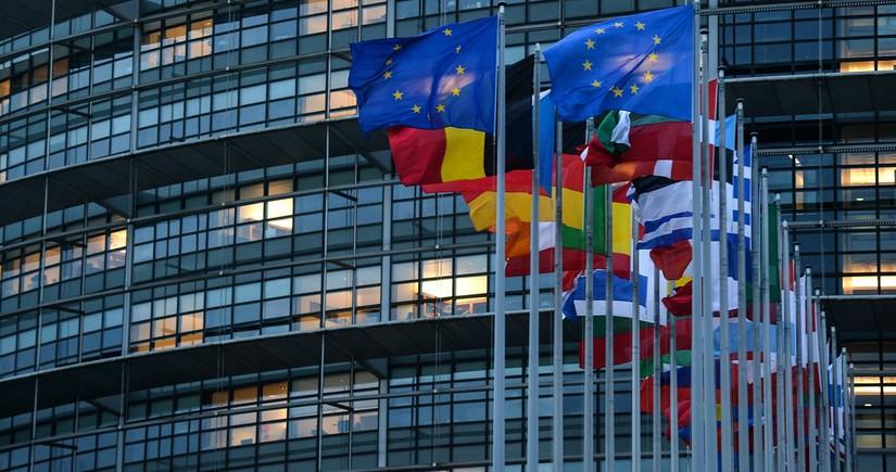 Европарламент одобрил закон о сокращении выбросов на 55% до конца десятилетия