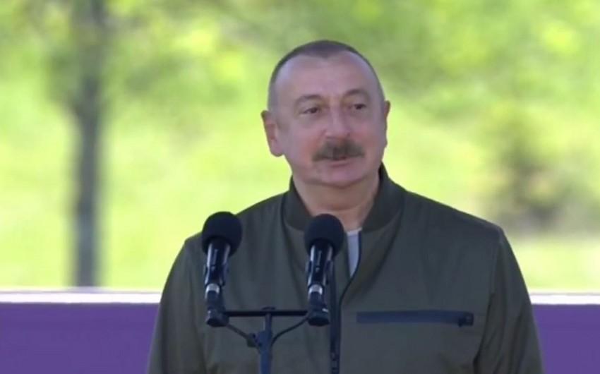 """Prezident Şuşada """"Xarıbülbül"""" musiqi festivalınınkeçirilməsi münasibətilə xalqı təbrik edib"""