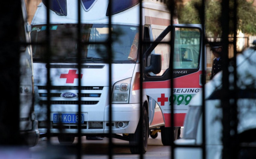 Çində qaldırıcı kranın aşması nəticəsində 2 nəfər ölüb, 7-si yaralanıb