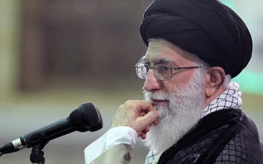 Xamənei İranın neft gəlirlərindən asılılığının həllini tələb edib