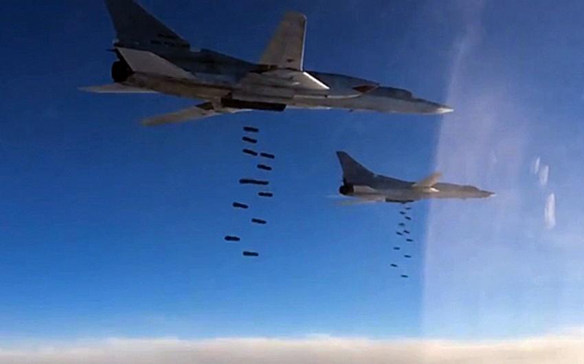 Rusiya Tu-22M3 bombardmançısının Suriyada döyüş uçuşunun görüntülərini yayıb - VİDEO