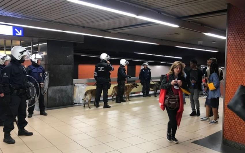 Brüsseldə Belçika yığmasının məğlubiyyətindən sonra polislə azarkeşlər arasında toqquşma olub