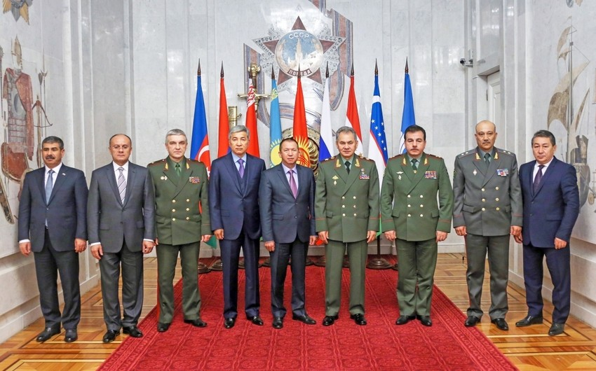 CIS defense ministers meet today in Moscow