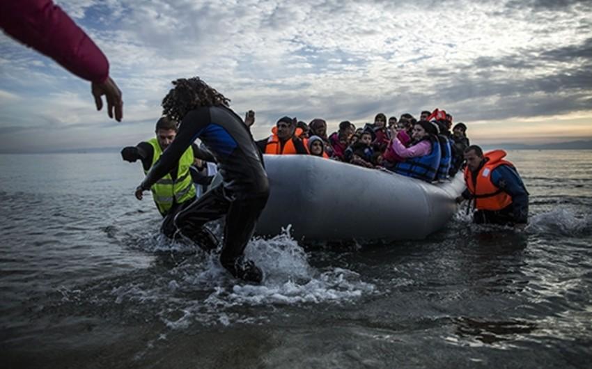 Aralıq dənizində 800 miqrant xilas edilib, 2-si ölüb