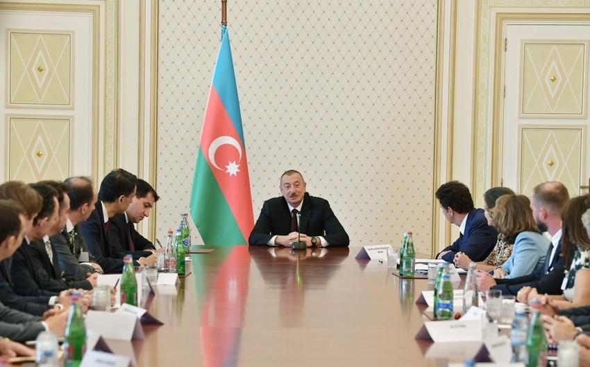 President Ilham Aliyev receives representatives of MEDEF member companies