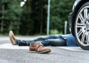 Bakıda 14 yaşlı yeniyetməni avtomobil vurub