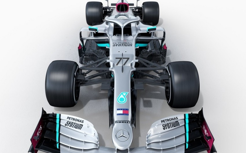 Formula 1: Mercedes yeni bolidinin görüntülərini yaydı - FOTOLAR