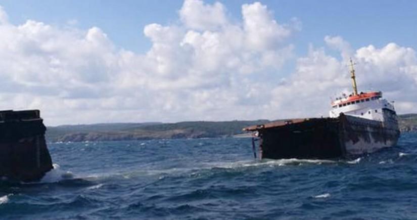 İsrail gəmisi Ərəbistan dənizində hücuma məruz qalıb