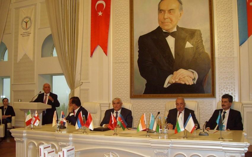 Gəncədə 130-dan çox alimin iştirak etdiyi Atatürk konfransı başlayıb