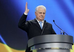Первый президент Украины находится в реанимации и подключен к аппарату ИВЛ