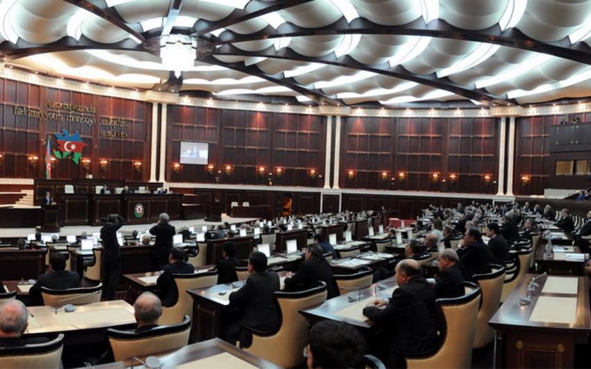 Milli Məclisin bəzi komitələri yenidən formalaşdırılıb