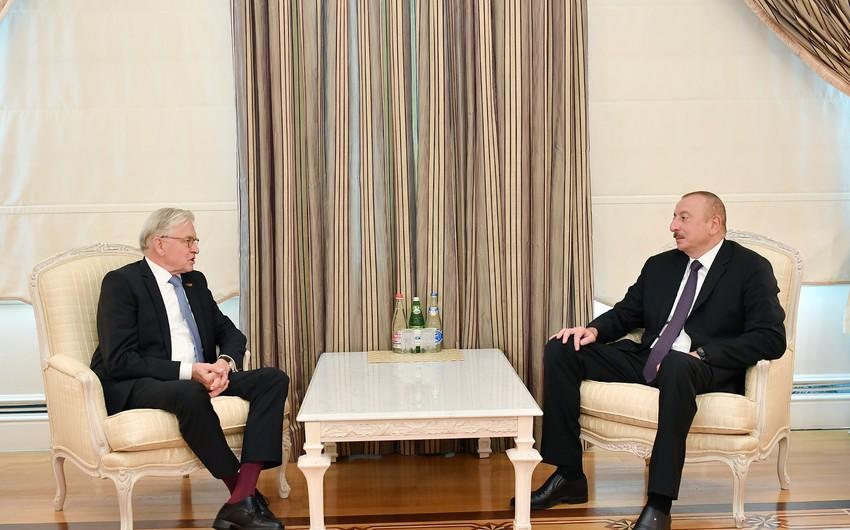 Prezident İlham Əliyev Niderland-Azərbaycan Dostluq Qrupunun sədrini qəbul edib - YENİLƏNİB