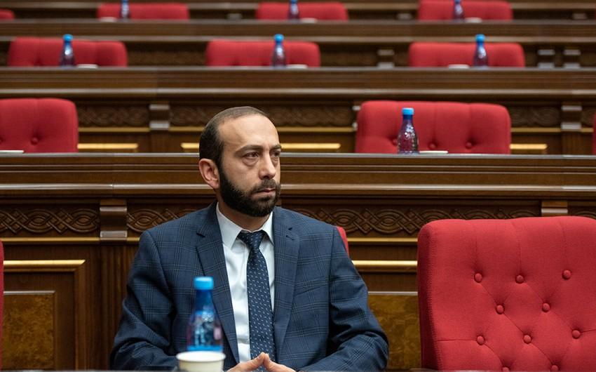 Председатель парламента Армении отправится в Москву