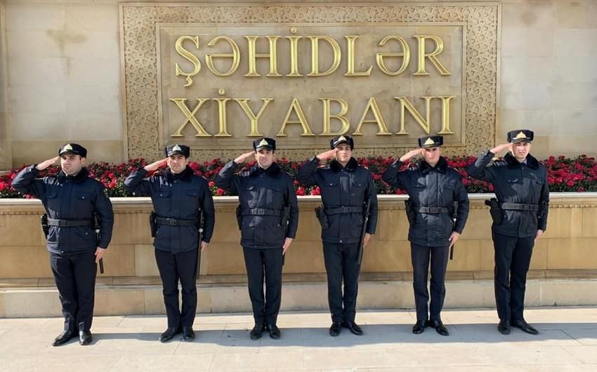 """Bakı polisi """"Əsgərə salam"""" aksiyasına qoşuldu"""