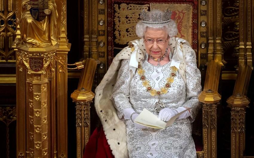 Елизавета II назвала две причины отказа от престола