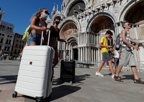 Italy prepares to open borders for tourists