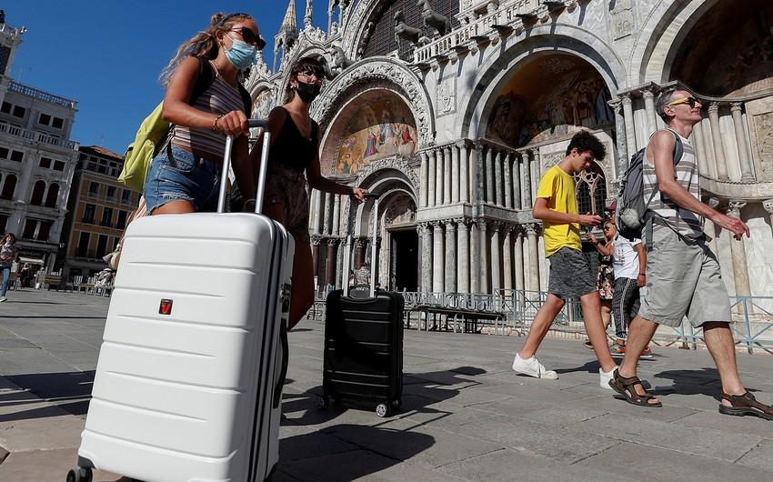 İtaliya sərhədlərini turistlər üçün açmağa hazırlaşır