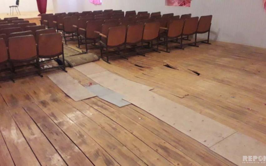 В Кюрдамире во время детского новогоднего праздника провалился пол в зале