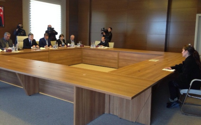 Nazir Hüseyn Bağırov vətəndaşların şikayətlərini dinləyib