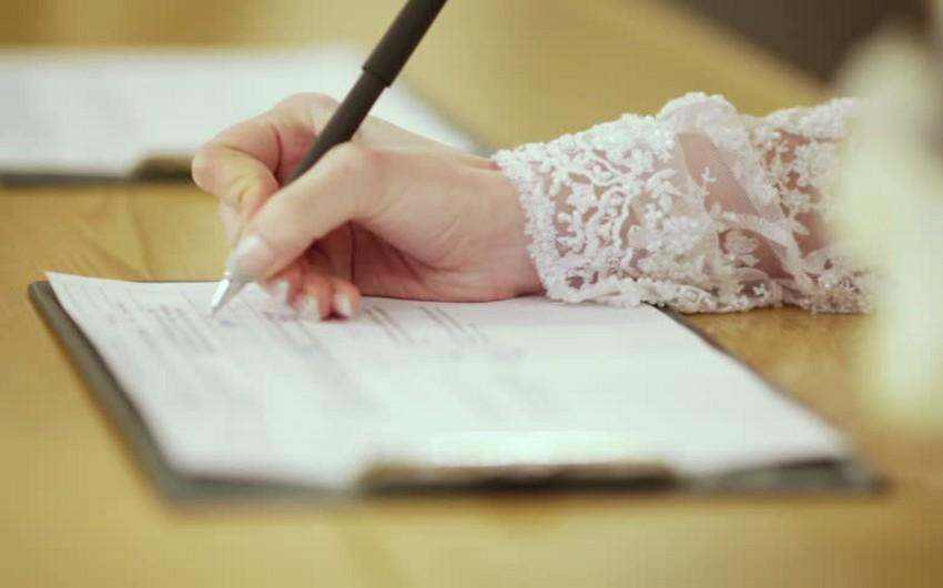 Bu ilin üç ayında 13 191 nikah, 3 972 boşanma halı qeydə alınıb