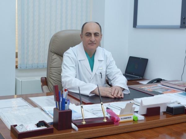 Elçin Ağayev