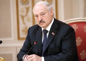 Lukaşenko Belarusdakı vəziyyəti Putinlə müzakirə etmək istəyir