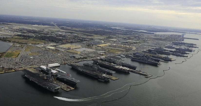 База ВМС США закрыта из-угрозы теракта