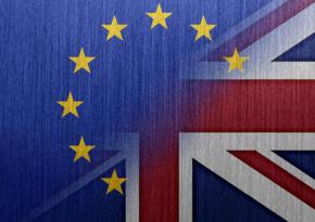 ЕК опубликовала соглашение с Великобританией по Brexit на 1 246 страниц