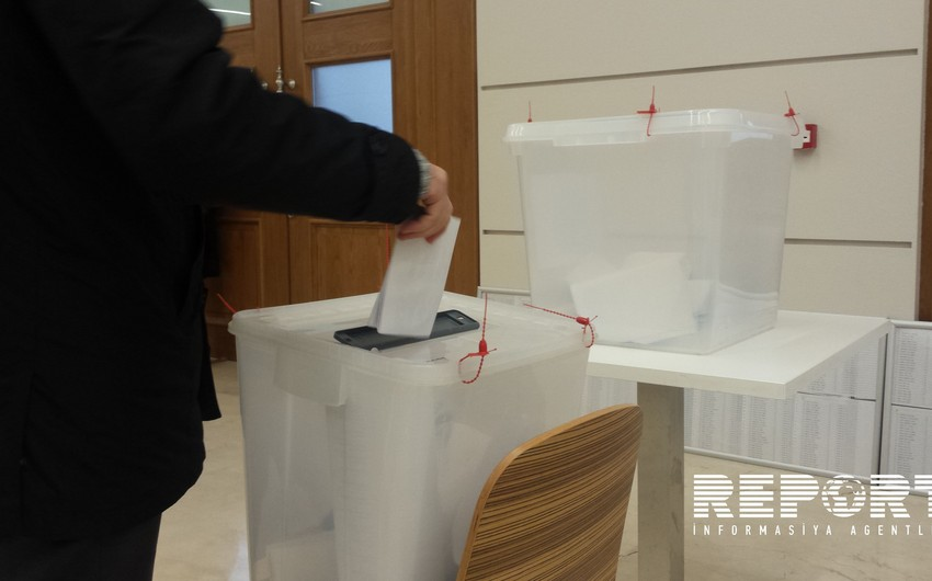 Azerbaijan completes pre-election campaign of candidates